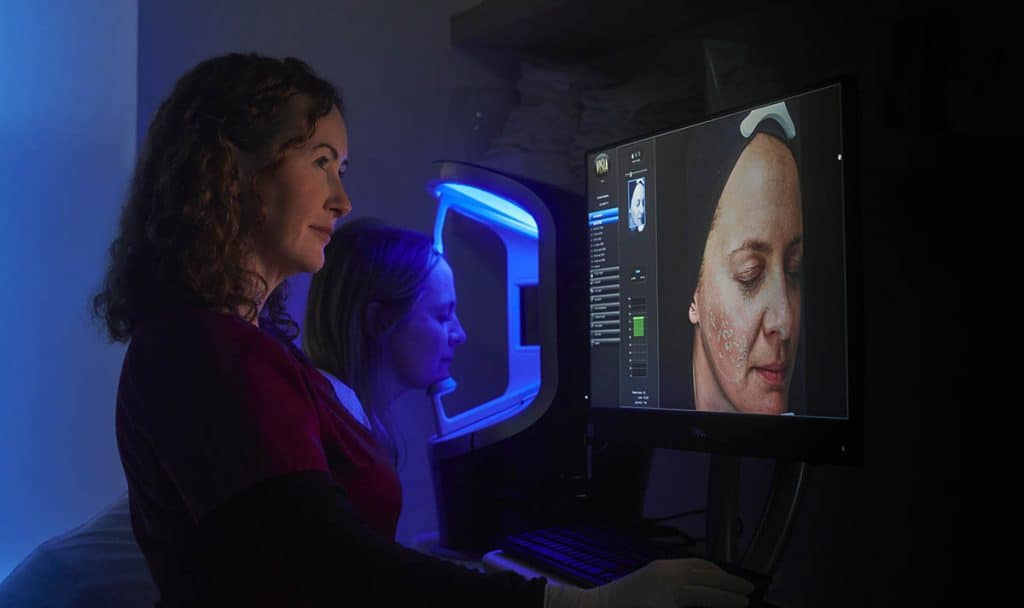 Sarah examining Visia
